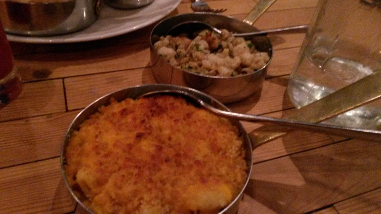 Shirmp and cauliflower & parsnip macaroni cheese