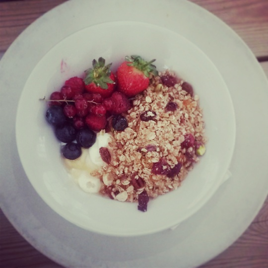 Muesli, fresh fruit and yoghurt