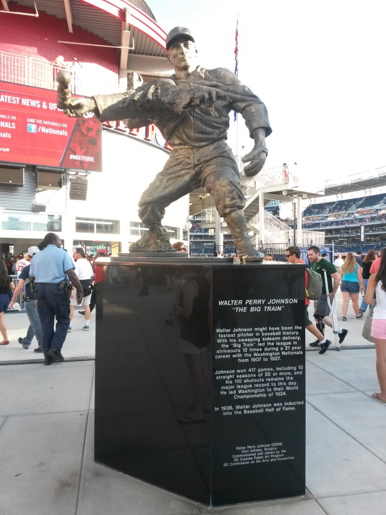 Nationals Park statue