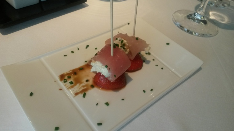 Marinaded white tuna and strawberry