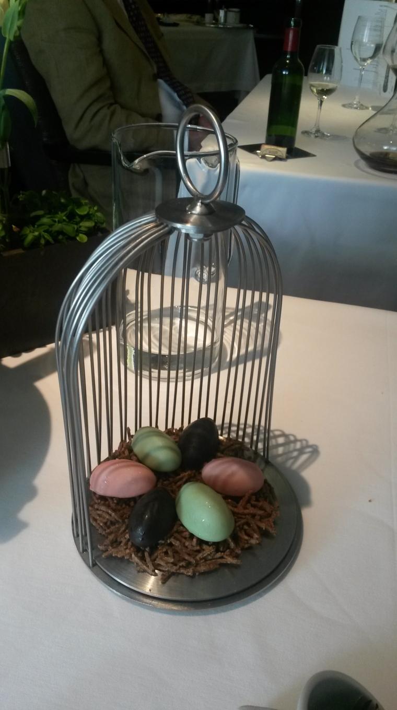 petit four birdcage